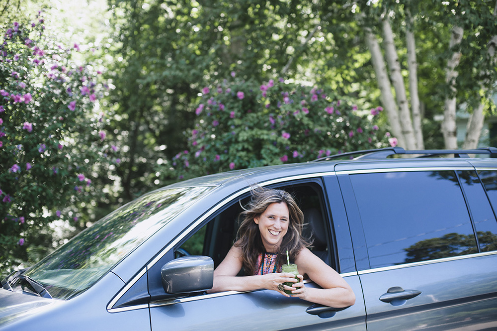 Waiting For Kids… 7 Ways To Make The Most Of The Carpool Line